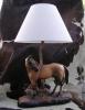 Lv1520.- Lámpara de mesa.