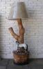Lv1742.- Lámpara de pié.